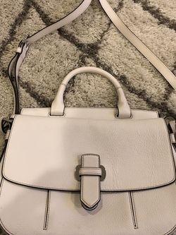 Michael Kors Messenger Bag Leather Optic White Large for Sale in Glen Burnie,  MD