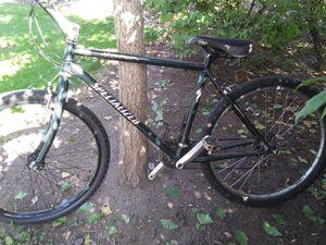 Specialized Men's Mountain Bike for Sale in Auburn, WA