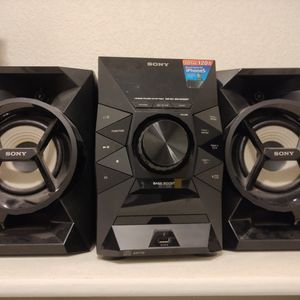 Sony Home Audio System w/ Remote for Sale in Carlsbad, CA