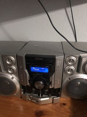 Sharp 5CD changer professional stereo system for Sale in Pembroke Pines, FL