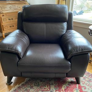 Leather Power Recliner - Macy's for Sale in Seattle, WA