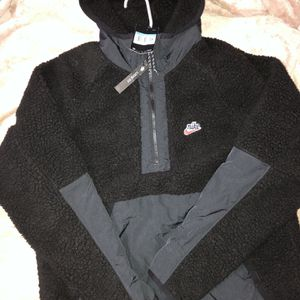 Nike Sherpa Jacket for Sale in Los Angeles, CA