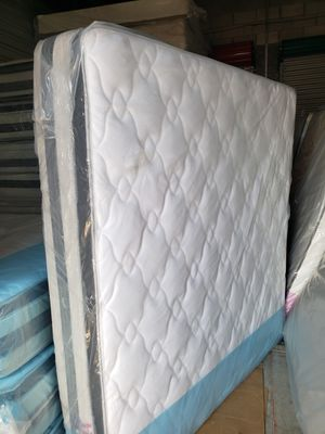 NEW KING PILLOW TOP MATTRESS AND BOX SPRING_3PC 😊 AVAILABLE QUEEN SIZE 👌 for Sale in Greenacres, FL