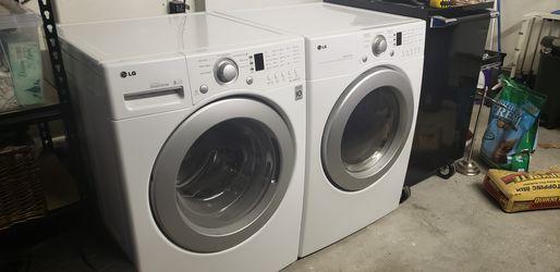 LG Front Load Washer Dryer Set for Sale in Beaverton,  OR