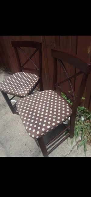 Bear Brown Stool Chairs $10.00 cash only (serious buyers) for Sale in Dallas, TX