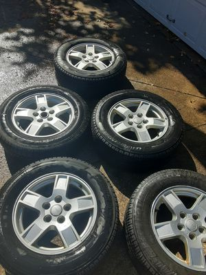 Jeep wheels for Sale in Walton Hills, OH