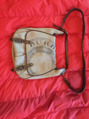 Authentic Burberry Messenger Bag for Sale in Oregon City, OR