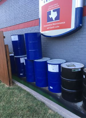 Free 55 gallon drums for Sale in Euless, TX