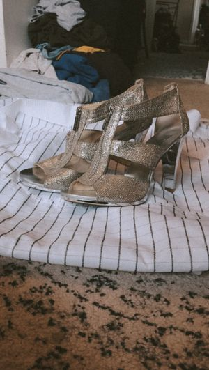Michael Kors Silver Glitter Heels for Sale in Cleveland, OH