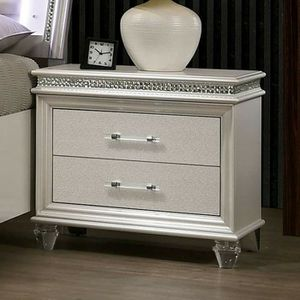 Silver Glam Night Stand Side Table for Sale in Fontana, CA