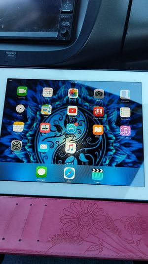iPad for sale for Sale in Big Sandy, TX