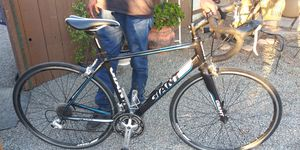 Giant Defy 3 Road Bike 2017 for Sale in Santee, CA