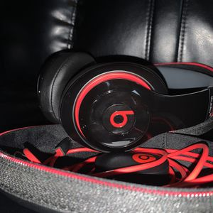 Beats Studio 3s ***Like New*** for Sale in Woodland, WA