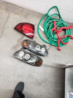 2005 nissan sentra taillights and 02-03 headlights 100 takes all for Sale in Las Vegas, NV