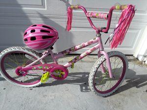 Little girls bike with helmet for Sale in Los Angeles, CA
