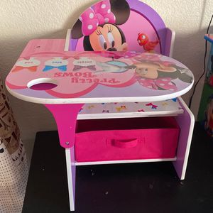 Minnie Mouse Desk for Sale in Bakersfield, CA