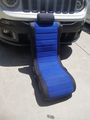video game seat for Sale in Fresno, CA