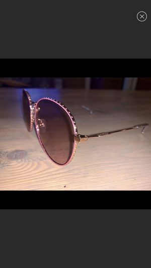 Authentic Givenchy sunglasses for Sale in Boxford, MA