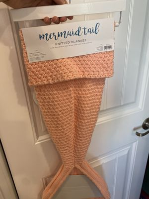 BRAND NEW 🧜‍♀️ Mermaid Tail blanket for Sale in Norco, CA