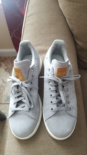 Adidas size 6 1/2 kids women 8 for Sale in Austin, TX