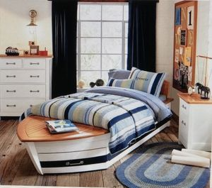 Full Boy Boat Bed w/twin trundle & drawer. Dresser & Nightstand from Pottery Barn Kids for Sale in Miami, FL