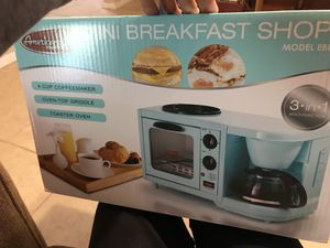 3-in-one coffee maker, toaster oven and stove top griddle for Sale in Saint Petersburg, FL