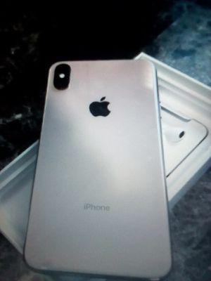 Selling➖Brand NEW📲 iPhone XS Max 256GB-Gold-↘️Unlocked↙️Text ME6️⃣6️⃣9️⃣〰️2️⃣4️⃣7️⃣〰️2️⃣9️⃣2️⃣1️⃣❗ for Sale in Jackson, NJ