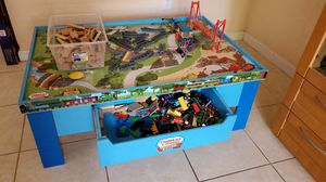 TOMAS & FRIENDS WOODEN RAILWAY TABLE AND TRAINS for Sale in Homestead, FL