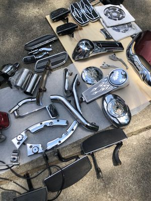 Motorcycle parts cleaning out my garage for Sale in Powder Springs, GA