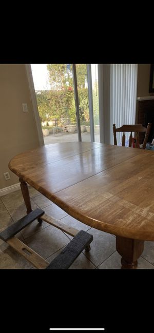 Light Wood Dining Table for Sale in Garden Grove, CA