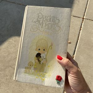 Vintage Precious Moments bible for Sale in Modesto, CA