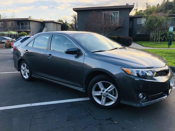 Toyota Camry SE 2014 Model in Excellent Condition