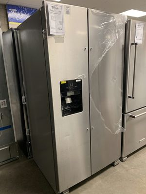 New Discounted Whirlpool Refrigerator 1yr Manufacturers Warranty for Sale in Chandler, AZ