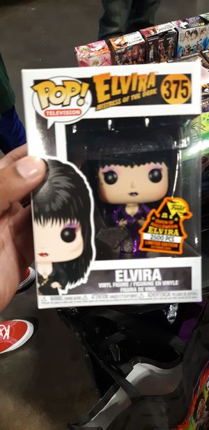 Elvira 2019 funko pop! Glitter diamond for Sale in Fort Lauderdale, FL