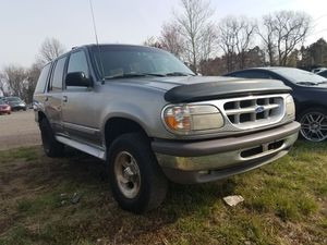 1996 FORD EXPLORER XLT 4×4 for Sale in Manassas, VA