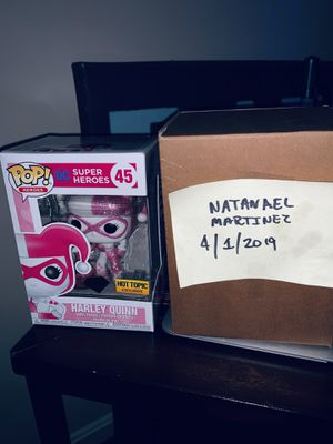Funko Pop: Harley Quinn w/ Mallet (Pink Hearts) Hot Topic Exclusive for Sale in Alexandria, VA