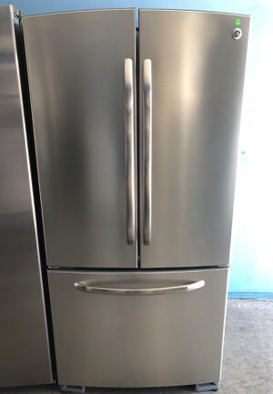 GE stainless steel French door for Sale in San Diego, CA