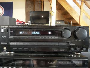 Kenwood KR-7070 Stereo Receiver no remote for Sale in Newport News, VA