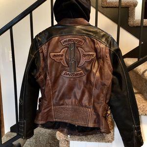 Harley Davidson Leather Jacket for Sale in Battle Ground, WA