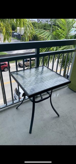 Modern Glass Top Table - Like New! for Sale in Delray Beach, FL