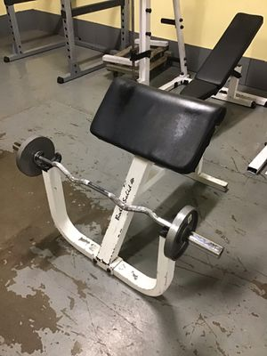 Body-Solid Preacher Curl Bench - weights and bar not included for Sale in Maywood, IL