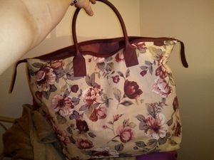 Large Vintage floral tote bag for Sale in Phoenix, AZ