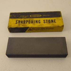Vintage (1953) Norton Sharpening Stone. Crystolon for Sale in Missoula, MT