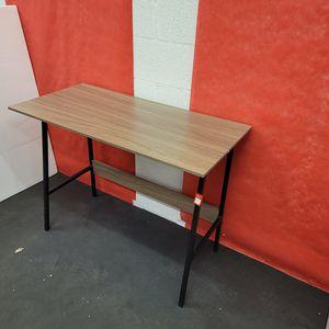 Desk 39.5x. 19. H29 for Sale in Las Vegas, NV