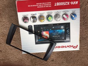 """Pioneer Stereo Receiver AVH C2500BT In-Dash DVD 6.1"""" touch display for Sale in Orlando, FL"""