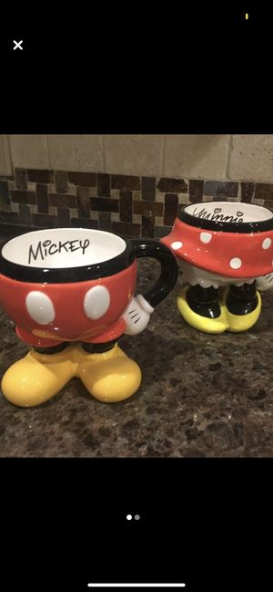 Disney Mickey & Minnie decorative mugs for Sale in South Farmingdale, NY