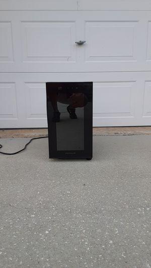 Frigidaire portable wine refrigerator for Sale in Brooksville, FL