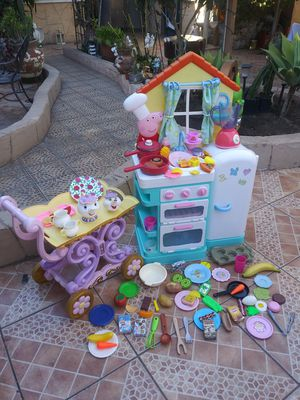 Peppa toy kitchen for Sale in El Monte, CA