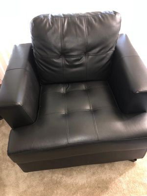 Set of black sofa in leather for Sale in Silver Spring, MD