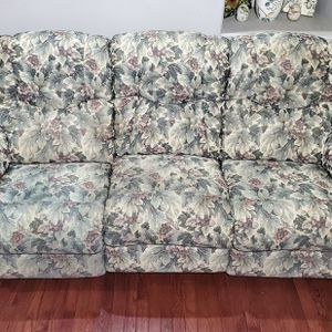 La-Z-Boy Corduroy Floral 3-Seat Couch Recliner w/ Flip-Down Table for Sale in West Linn, OR